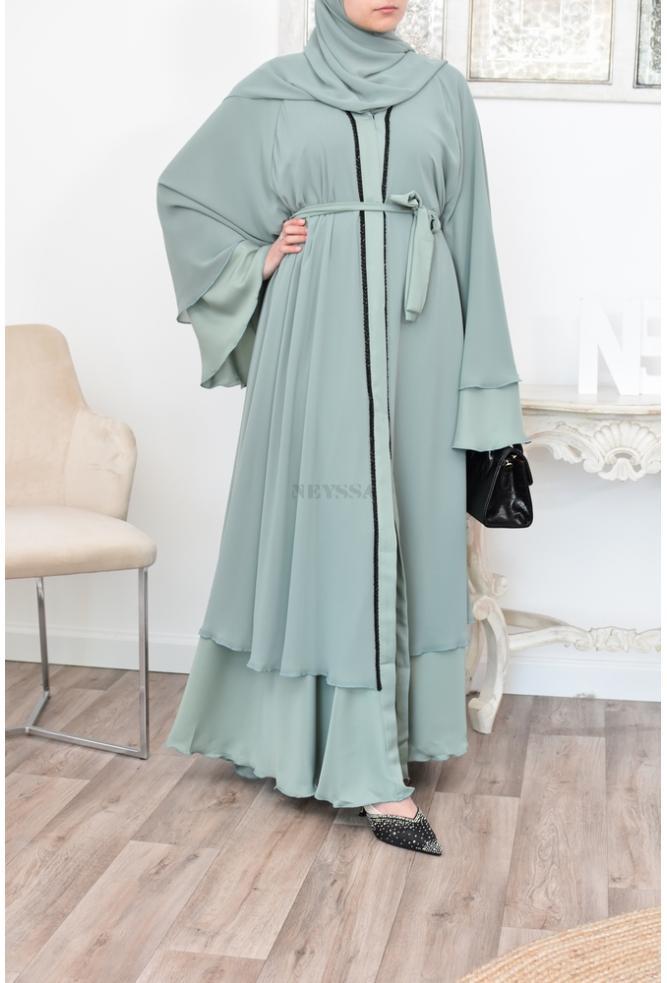 Flared Abaya Dubaï Muslim woman's outfit