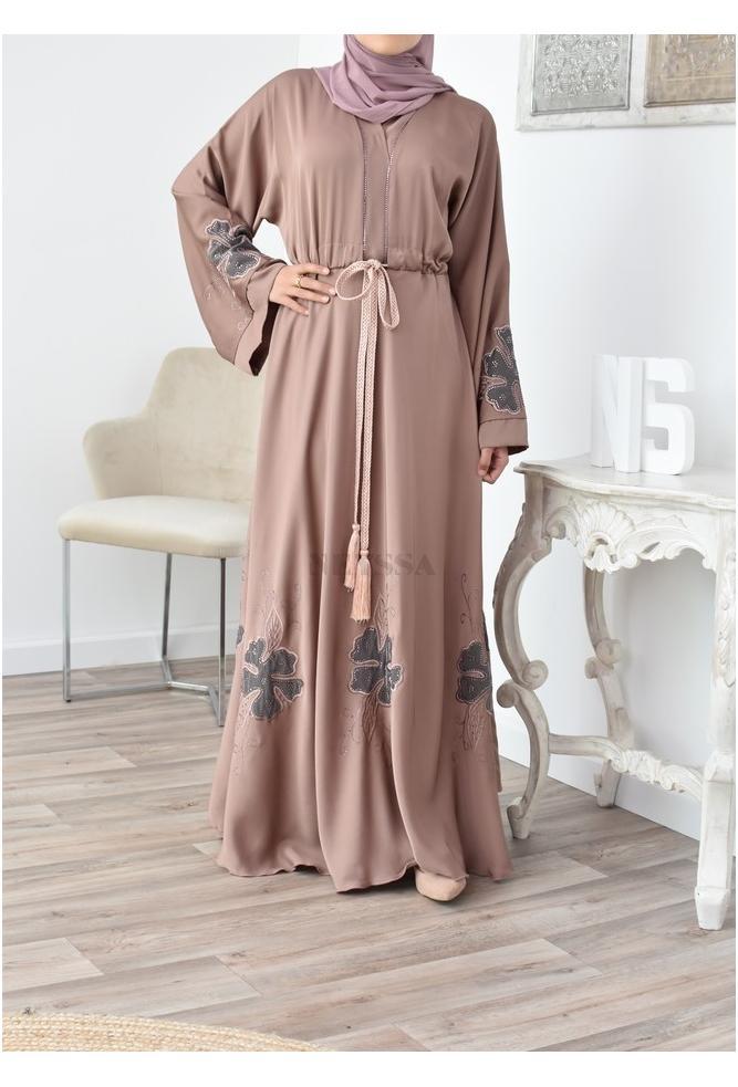 Abaya Dubai modern flared and loose
