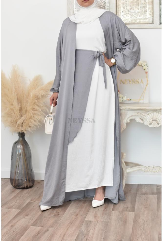 An original 4-piece Abaya Dubai set for Muslim women