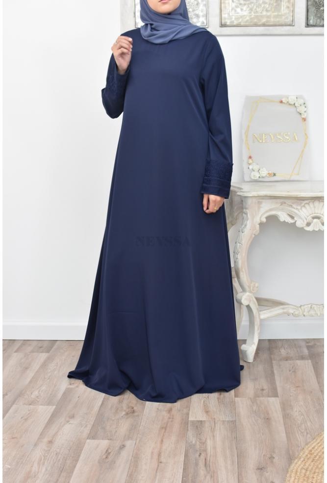 Abaya longue évasée moderne hijab